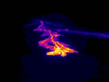 Kilauea'daki bazalt akışının termal görüntüsü